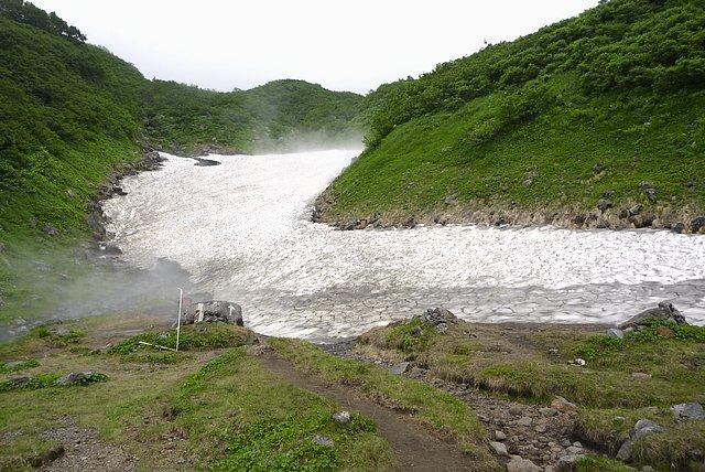 六合目賽の河原