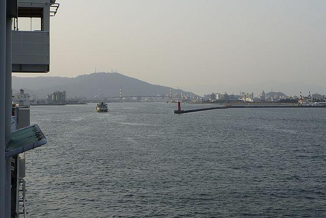 徳島港入港