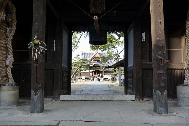 讃岐街道長尾寺
