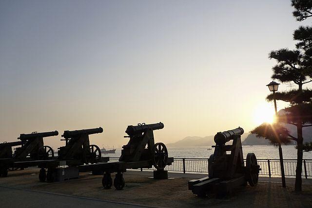 朝日に撃て壇ノ浦砲台