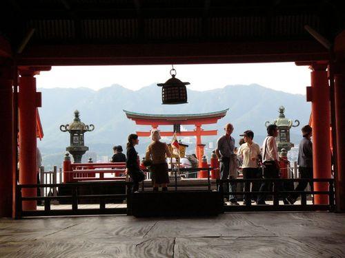 厳島神社から