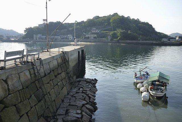 引き潮の土堂突堤