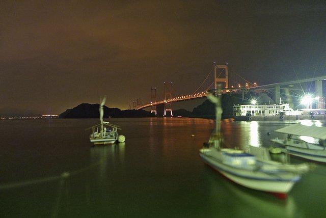 夜の下田水港から来島海峡大橋群