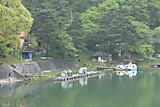 雨の美鈴湖畔
